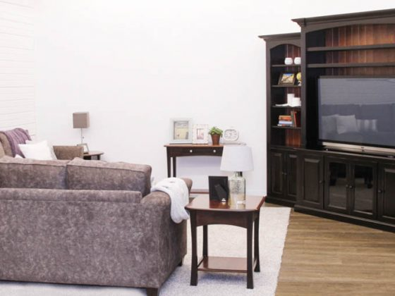 Greenfield Living Room Collection
