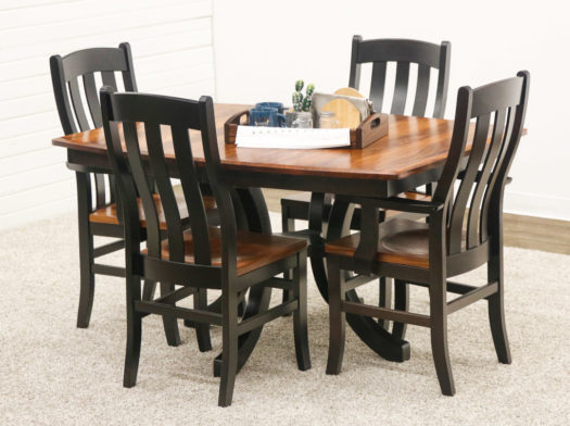 Carlisle Single Pedestal Table with 4 Fostoria Chairs