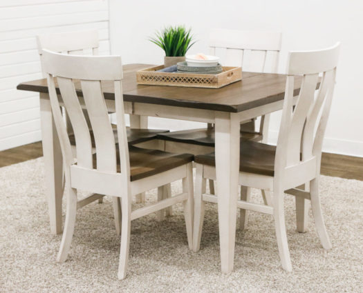 Farm House Shaker Table with 4 Kinglet Chairs